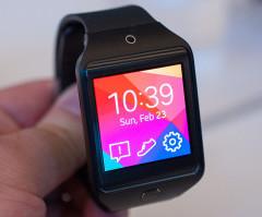 Zobacz różnice między Android Wear a Pebble